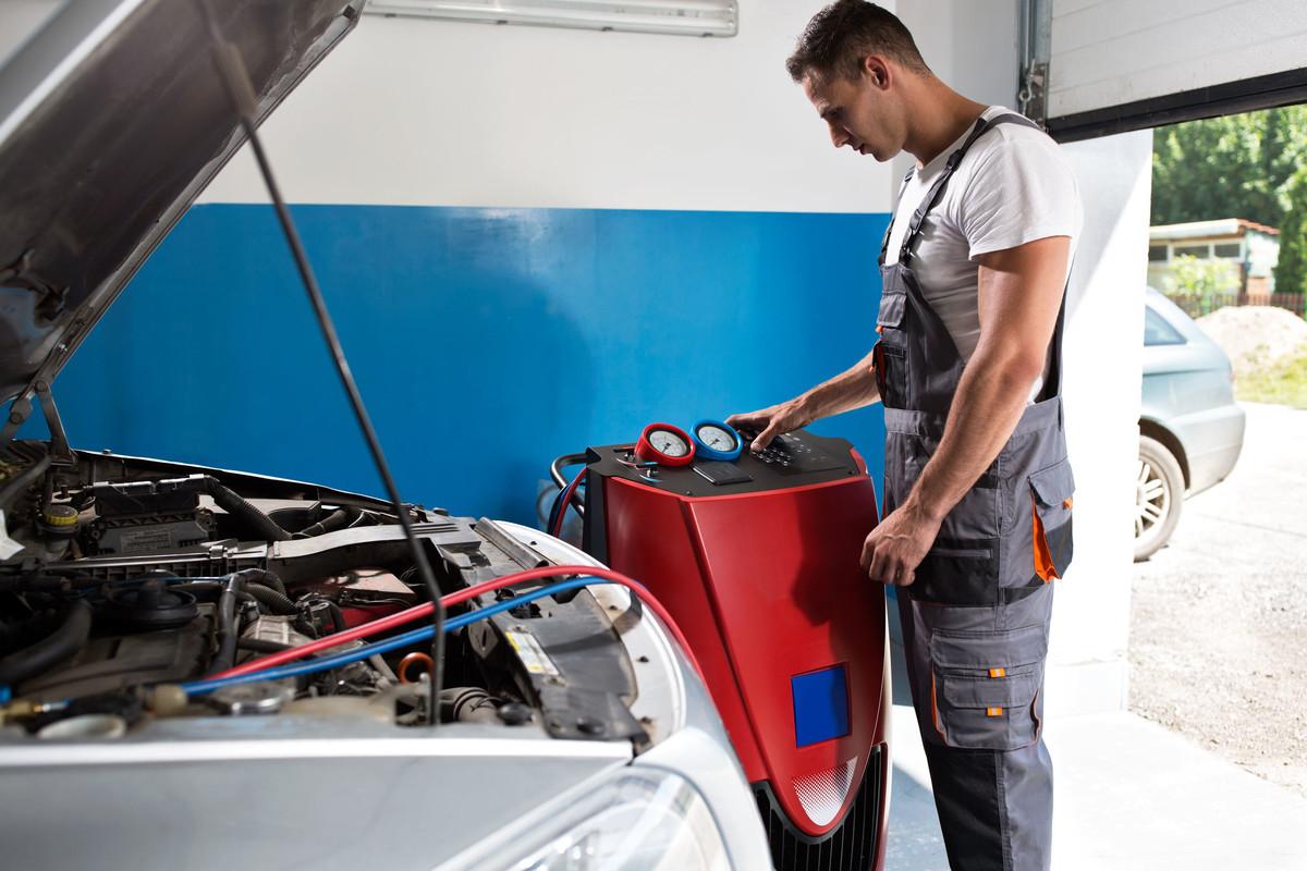 Climatisation et chauffage suzuki grand vitara 2 0 td xl for Garage specialiste climatisation