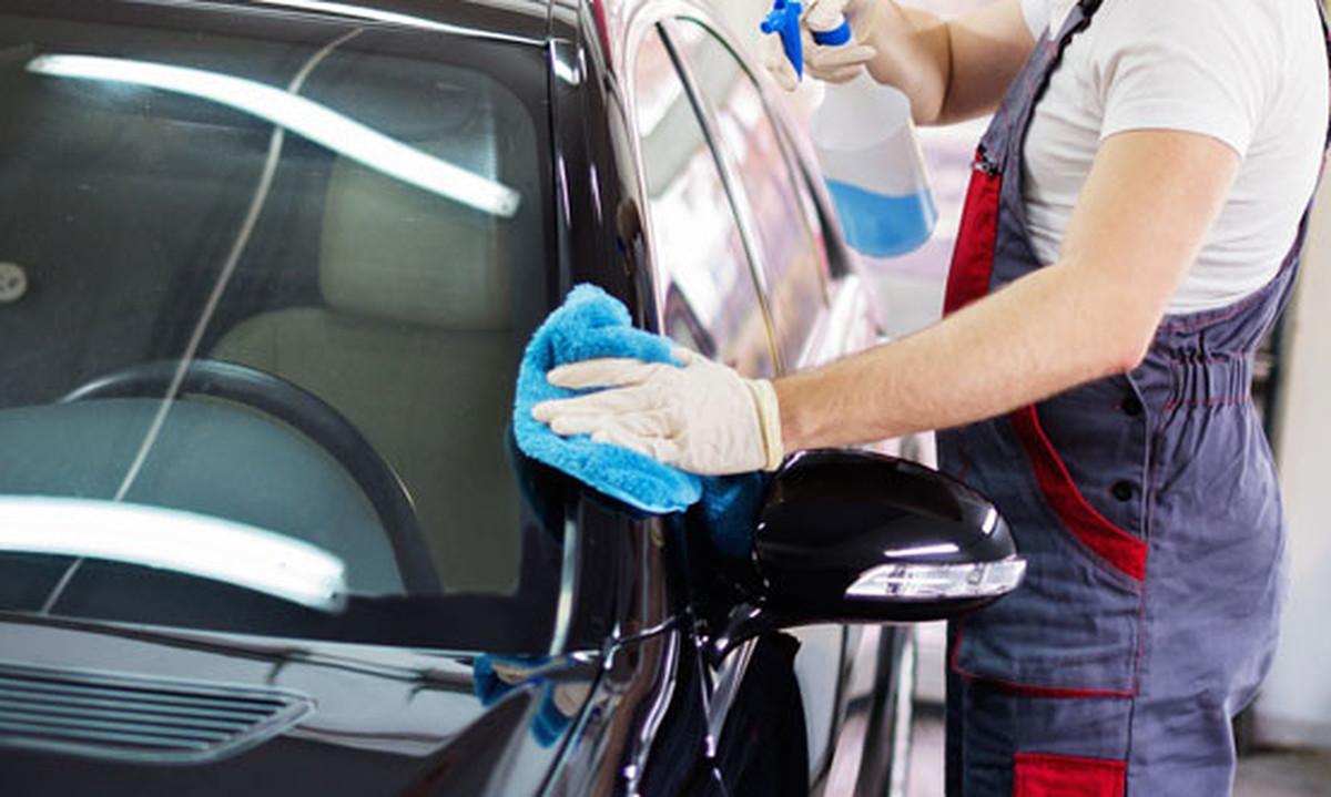 Polissage auto efface rayure astiquage polissage auto for Polissage et lustrage voiture