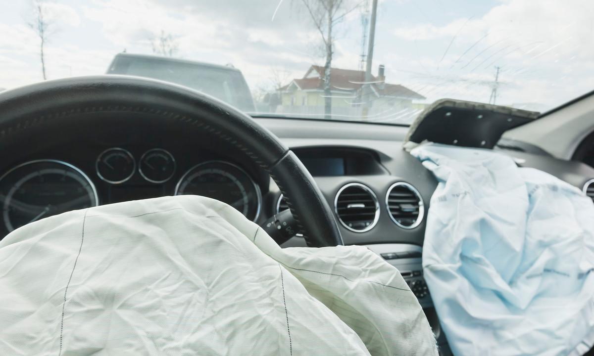 Trouvez toutes les Infos sur le remplacement des airbags et des ceintures de  sécurité 2cde8633830